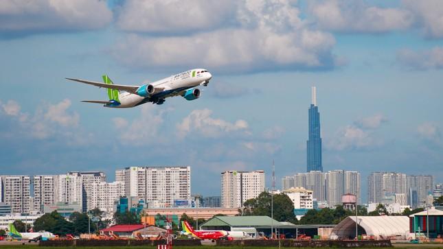 Hàng không triển khai thẻ bay không giới hạn dịp Tết, trả góp 0% ảnh 1