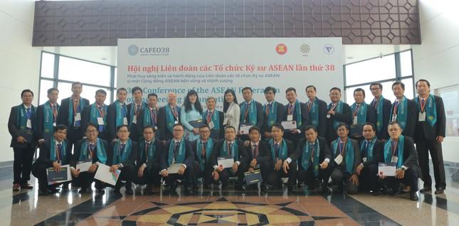 Tổng công ty Điện lực TPHCM: Thêm 44 kỹ sư chuyên nghiệp ASEAN ảnh 4