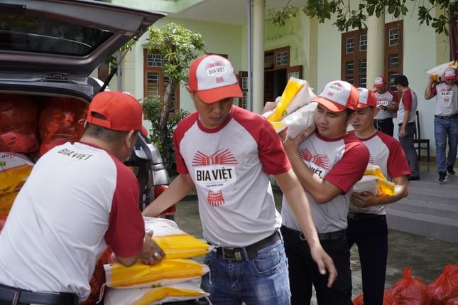 HEINEKEN Việt Nam và hành trình hỗ trợ người dân vùng lũ Miền Trung ảnh 1