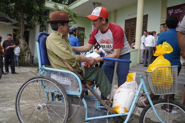 HEINEKEN Việt Nam và hành trình hỗ trợ người dân vùng lũ Miền Trung ảnh 2