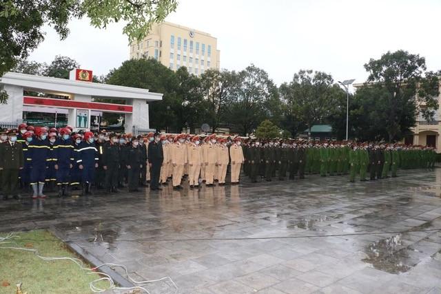 Công an Thanh Hoá ra quân bảo vệ Đại hội Đảng toàn quốc lần thứ XIII ảnh 1