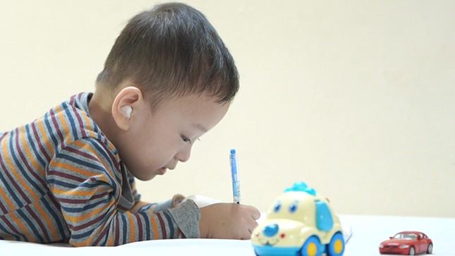 Đừng chủ quan nếu bé dưới ba tuổi có những biểu hiện này ảnh 2