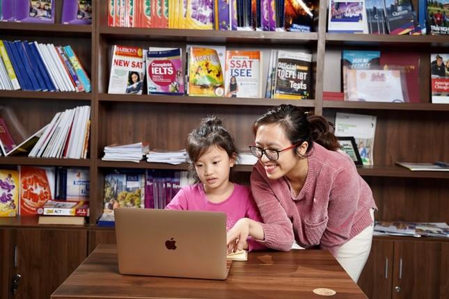Công bố mô hình lớp học tương tác online với giáo viên Mỹ ảnh 2