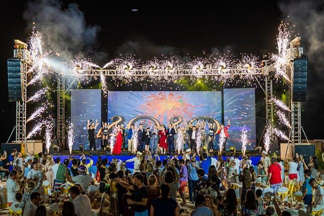 Tưng bừng đón 2021 với chuỗi sự kiện lễ hội siêu khủng tại Phú Quốc United Center ảnh 4