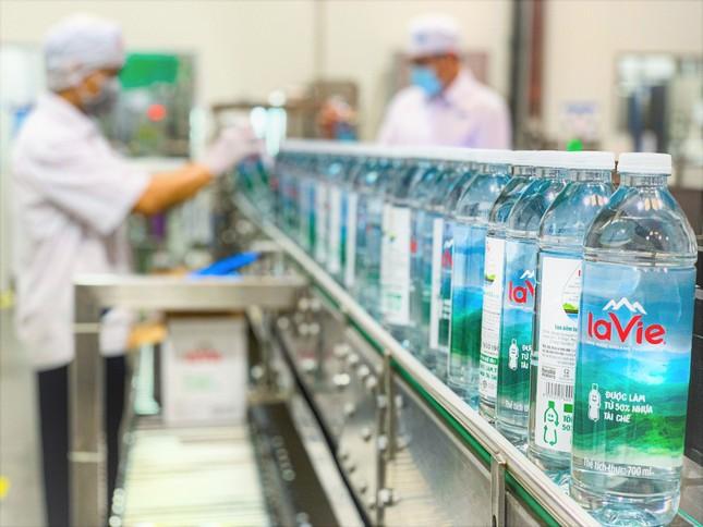 Nước khoáng La Vie dùng chai nhựa tái chế, thúc đẩy kinh tế tuần hoàn ảnh 3
