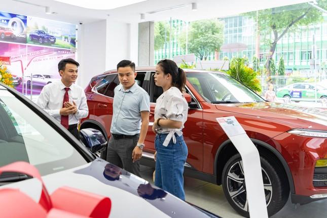 Những thay đổi tích cực trong hành vi mua xe ô tô của người Việt ảnh 2