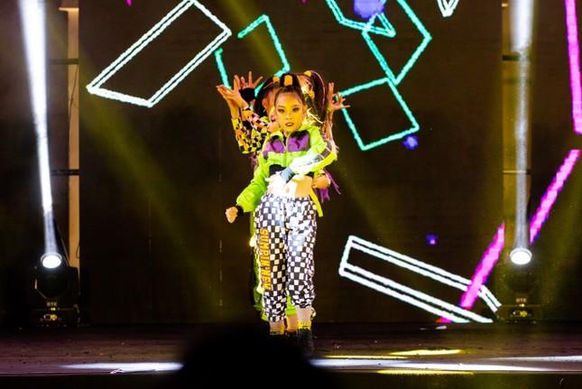Dance cover Danko City: Bùng cháy với các vũ điệu Kpop cùng Cường seven ảnh 7