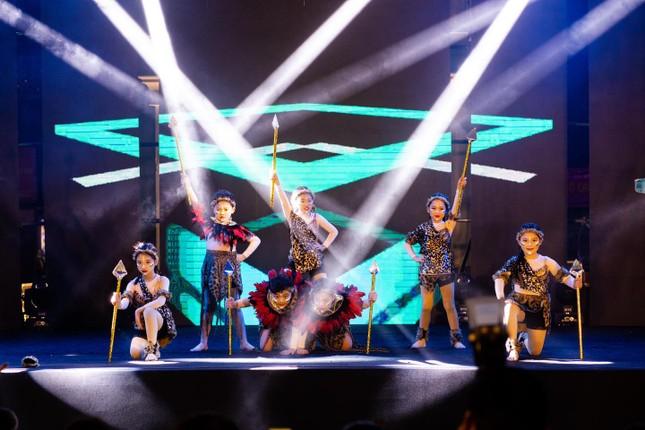 Dance cover Danko City: Bùng cháy với các vũ điệu Kpop cùng Cường seven ảnh 12
