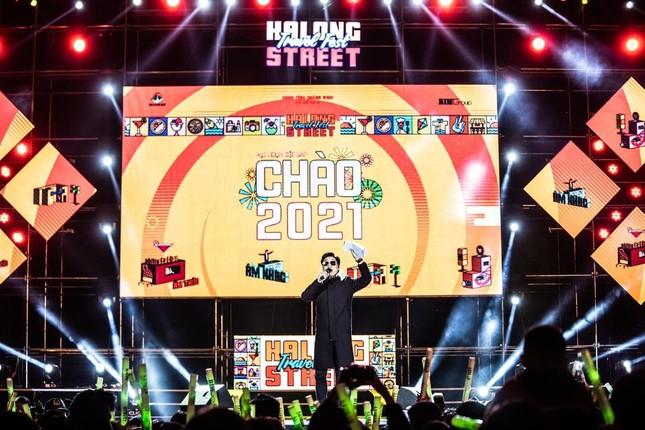 Đại nhạc hội RAP 'chào 2021' xua tan giá rét kỷ lục ở Hạ Long ảnh 1