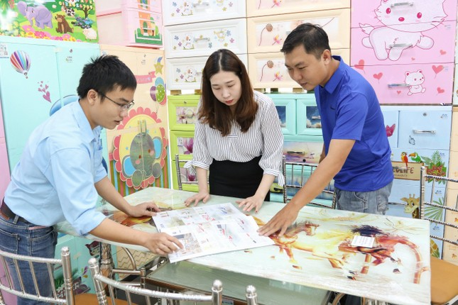 Ngành nội thất inox - nhựa Việt ngày càng được ưa chuộng trong dịp Tết ảnh 2