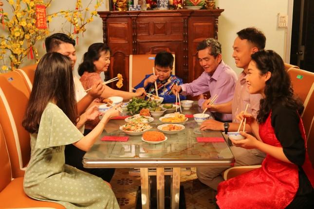 Ngành nội thất inox - nhựa Việt ngày càng được ưa chuộng trong dịp Tết ảnh 3