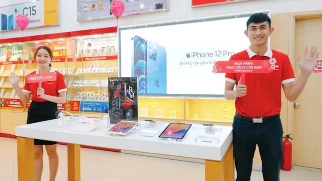 Bất chấp khan hàng, Viettel Store vẫn đảm bảo đủ iPhone 12 Series bán trước Tết nguyên đán ảnh 3