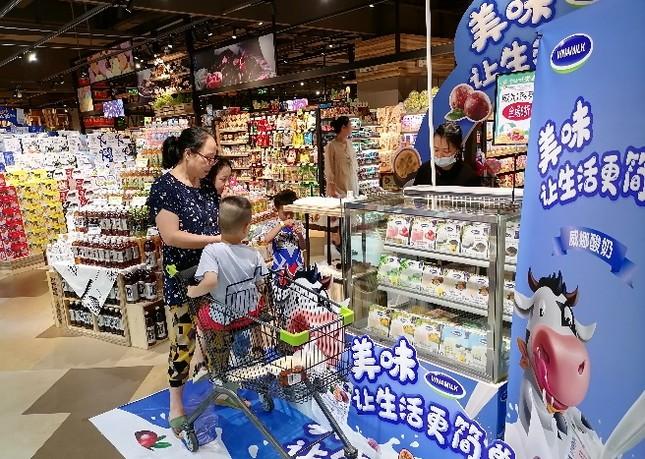 Vinamilk 'xông đất' 2021 với lô hàng lớn gồm sữa hạt và sữa đặc xuất khẩu đi Trung Quốc ảnh 5