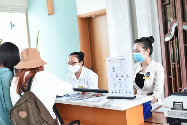 Khách sạn, công ty lữ hành giới thiệu loạt chính sách hỗ trợ đặc biệt cho du khách ảnh 2