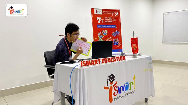 iSMART chuẩn bị nhiều phương án học trực tuyến tiếng Anh thông qua Toán và Khoa học cho học sinh ảnh 2