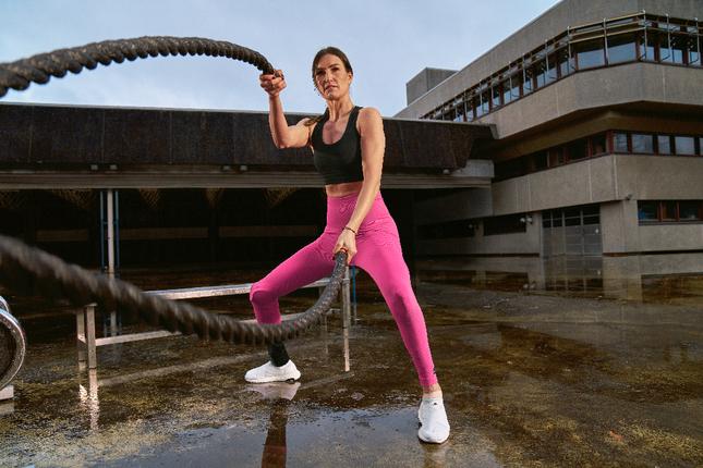 Adidas khởi động chiến dịch dài hạn Watch Us Move ảnh 1