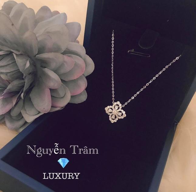 Tiệm Vàng Nguyễn Trâm đem đến sự sang trọng quý phái cho phái đẹp ảnh 1