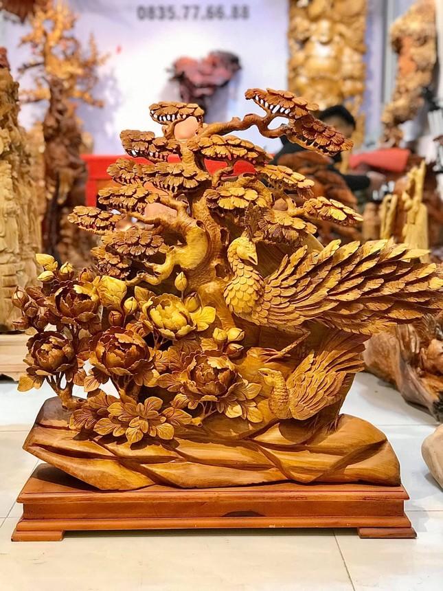 Tượng gỗ phong thủy tại cơ sở sản xuất Tượng gỗ Trung Kiên vừa mang giá trị trong đời sống và kinh doanh ảnh 2