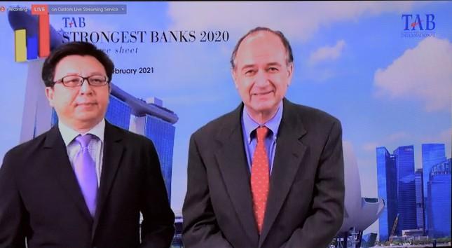 """Vietcombank: """"Ngân hàng mạnh nhất dựa trên Bảng tổng kết tài sản"""" ảnh 3"""