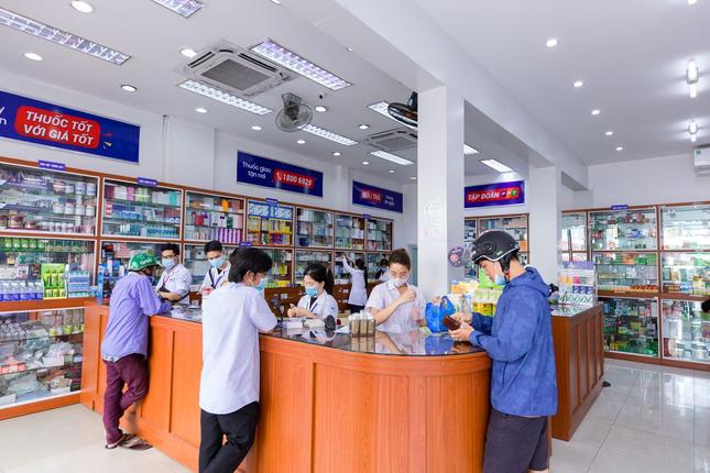 Hệ thống nhà thuốc FPT Long Châu nỗ lực chăm sóc sức khỏe cộng đồng ảnh 2