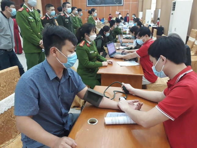 Chủ nhật Đỏ 2021 tại tỉnh Lào Cai vượt chỉ tiêu đề ra ban đầu ảnh 3
