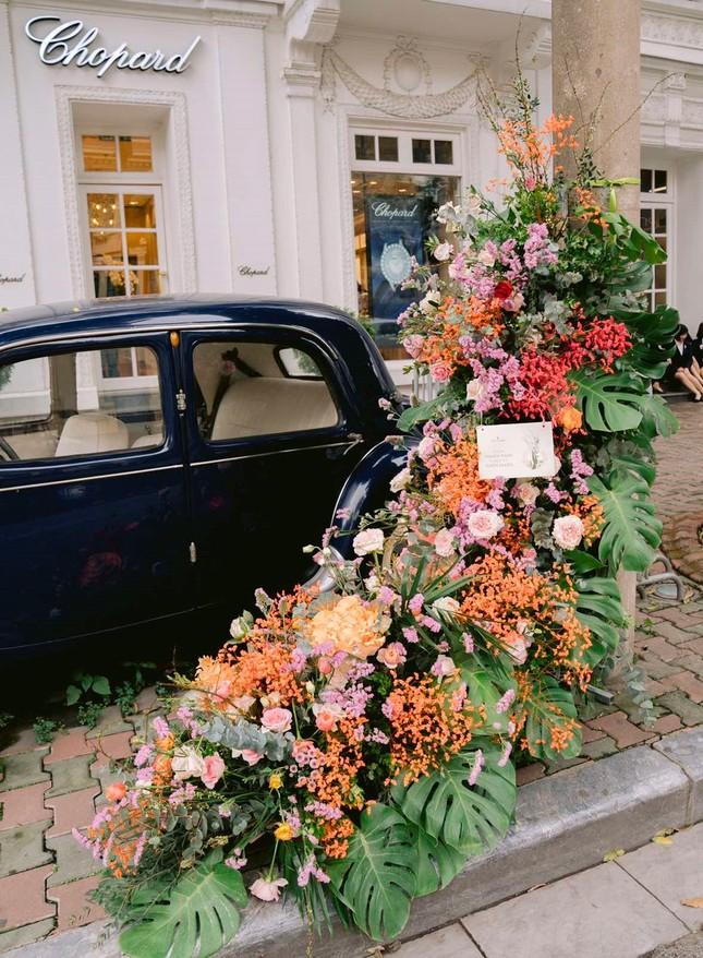 Hơn 100 Cột đèn 'nở hoa' giữa trung tâm Hà Nội ảnh 7