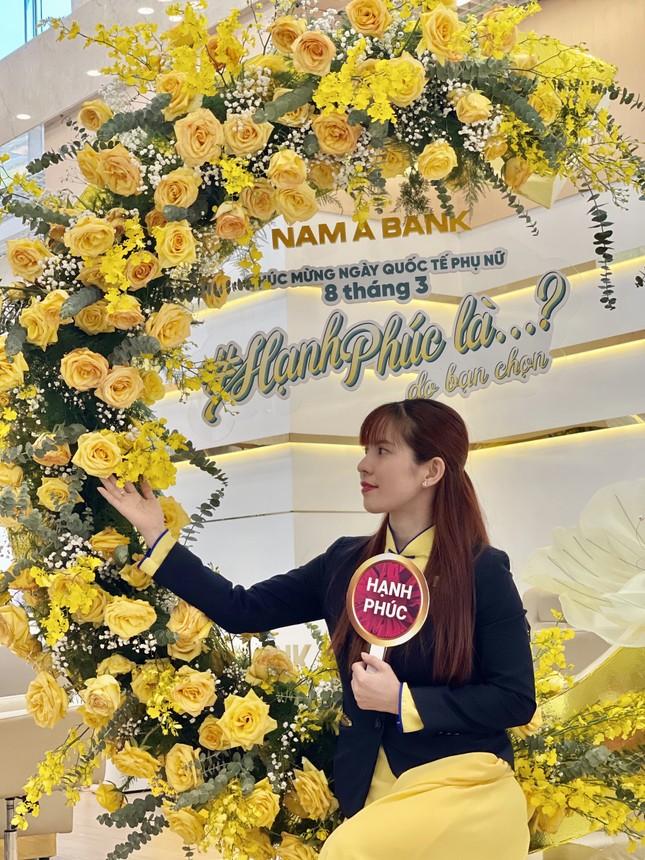 Nam A Bank lan tỏa thông điệp hạnh phúc nhân dịp 8/3 ảnh 2