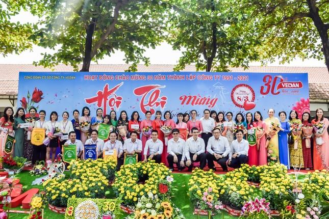 Hội thi cắm hoa 'Phụ nữ Vedan 30 năm đồng hành cùng công ty' ảnh 2