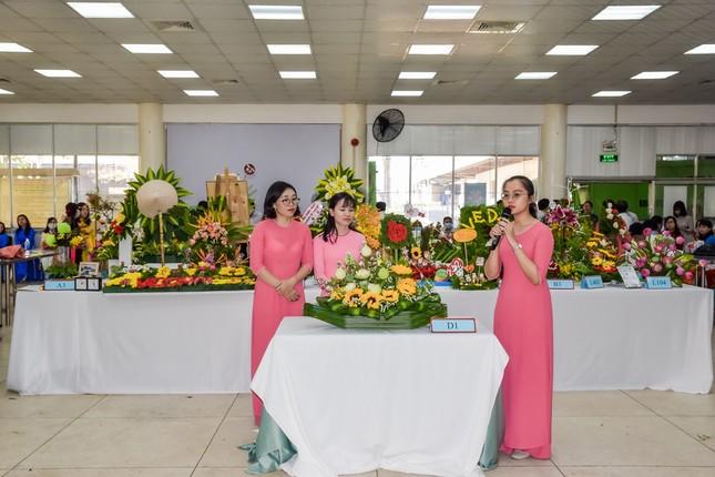 Hội thi cắm hoa 'Phụ nữ Vedan 30 năm đồng hành cùng công ty' ảnh 1