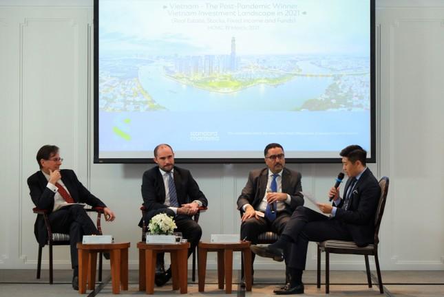 Standard Chartered chia sẻ chiến lược tối ưu cơ hội đầu tư tại Việt Nam sau đại dịch COVID ảnh 1