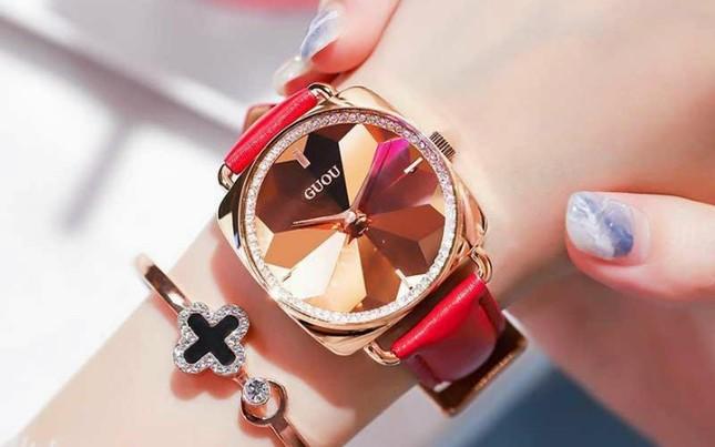 Cập nhật xu hướng loạt mẫu đồng hồ thời trang cùng Kim Huyền Shop ảnh 1
