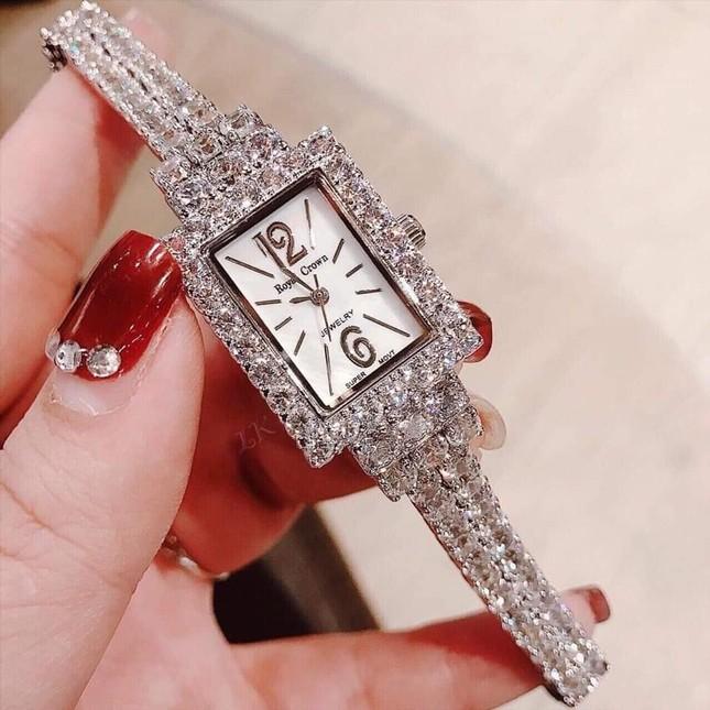 Cập nhật xu hướng loạt mẫu đồng hồ thời trang cùng Kim Huyền Shop ảnh 3