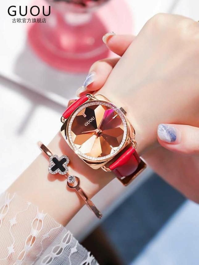 Cập nhật xu hướng loạt mẫu đồng hồ thời trang cùng Kim Huyền Shop ảnh 4