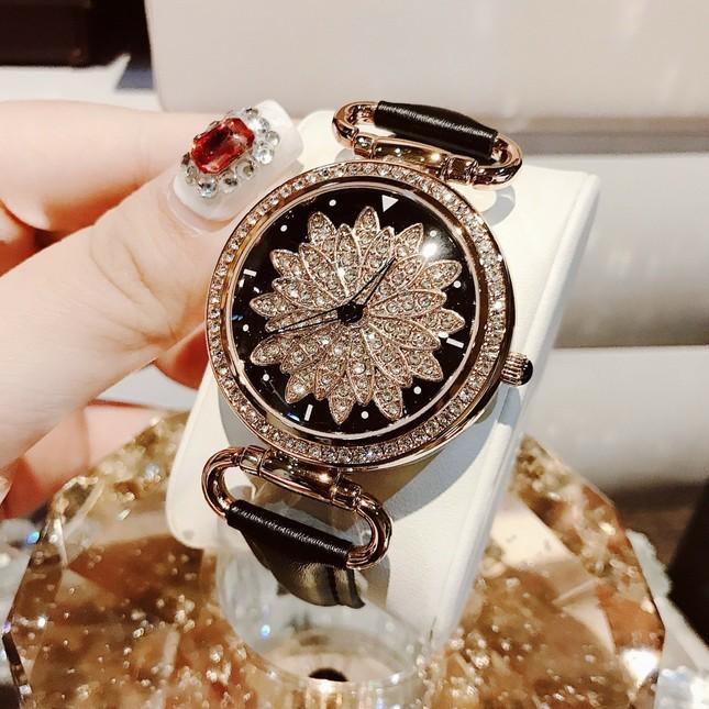 Cập nhật xu hướng loạt mẫu đồng hồ thời trang cùng Kim Huyền Shop ảnh 5