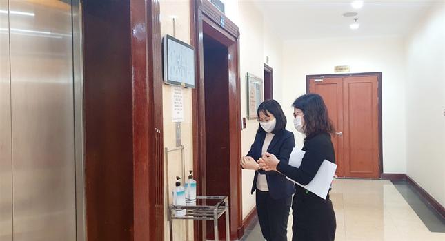 Kho bạc Nhà nước triển khai các biện pháp phòng, chống dịch covid-19 trong tình hình mới ảnh 2