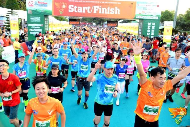 Màu áo BIDV nhuộm xanh giải vô địch quốc gia Marathon 2021 ảnh 3