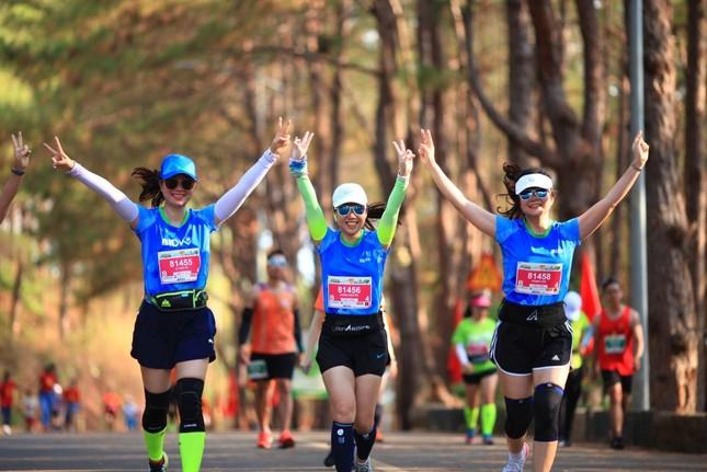 Màu áo BIDV nhuộm xanh giải vô địch quốc gia Marathon 2021 ảnh 6