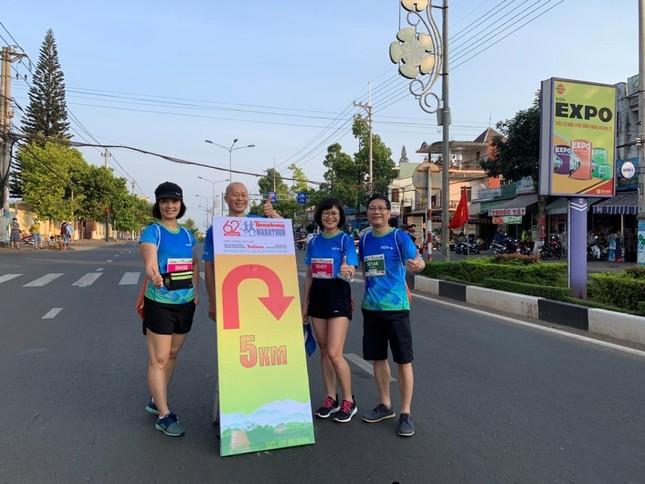 Màu áo BIDV nhuộm xanh giải vô địch quốc gia Marathon 2021 ảnh 9
