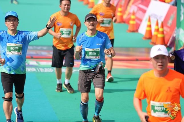 Màu áo BIDV nhuộm xanh giải vô địch quốc gia Marathon 2021 ảnh 17