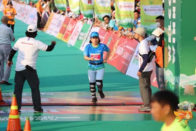 Màu áo BIDV nhuộm xanh giải vô địch quốc gia Marathon 2021 ảnh 18