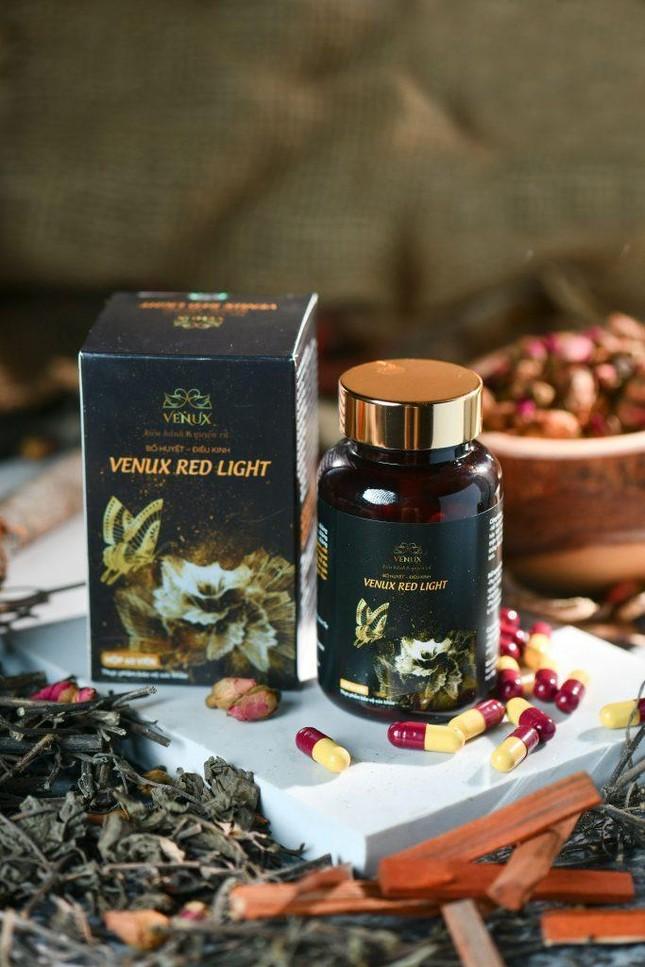 Viên uống điều kinh Venux Red Light hỗ trợ điều trị rối loạn kinh nguyệt bằng thảo dược ảnh 1