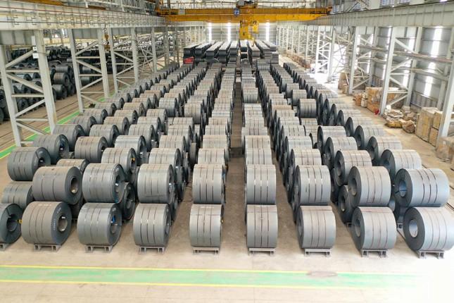 Hòa Phát lập kỷ lục lần đầu bán trên 1 triệu tấn thép các loại trong một tháng ảnh 2