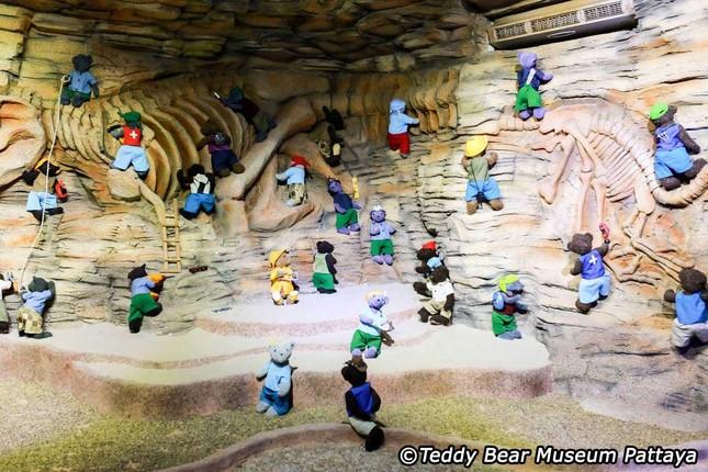 Khám phá những Bảo tàng Gấu ấn tượng nhất thế giới ảnh 11