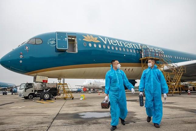 Những người giữ cho không khí trên máy bay 'sạch bệnh' ảnh 3