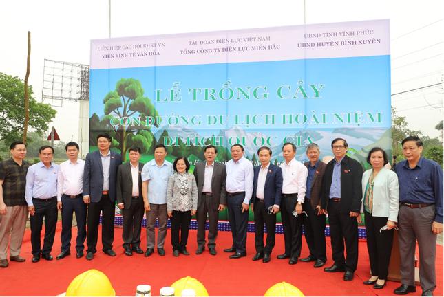 Tổng công ty Điện lực miền Bắc hưởng ứng Lễ trồng cây ảnh 1