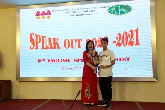 Khoa Tiếng Anh A tổ chức cuộc thi sinh viên nói tiếng Anh giỏi lần thứ 5  ảnh 5