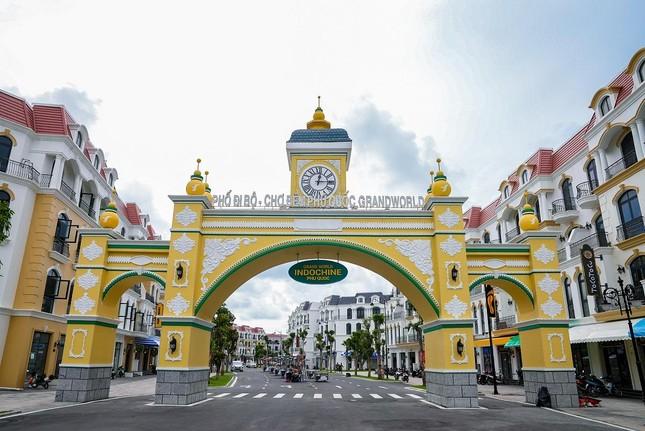Đột nhập siêu quần thể Phú Quốc United Center trước giờ G ảnh 5