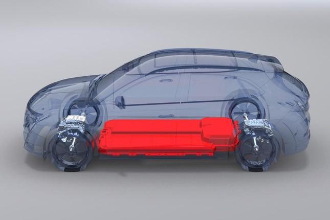 """""""VinFast gánh mọi rủi ro về pin để ô tô điện tiếp cận được số đông người dùng"""" ảnh 6"""