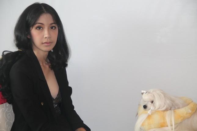 Hoa hậu Thái Lan dẫn thú cưng đến Việt Nam dự thi Hoa hậu chó ảnh 1
