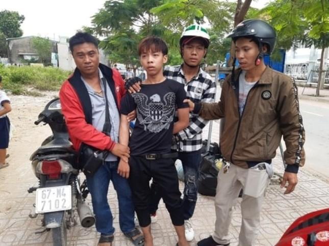 Thanh niên trộm xe máy sau khi bị mời lên trụ sở công an vì phê ma túy ảnh 1